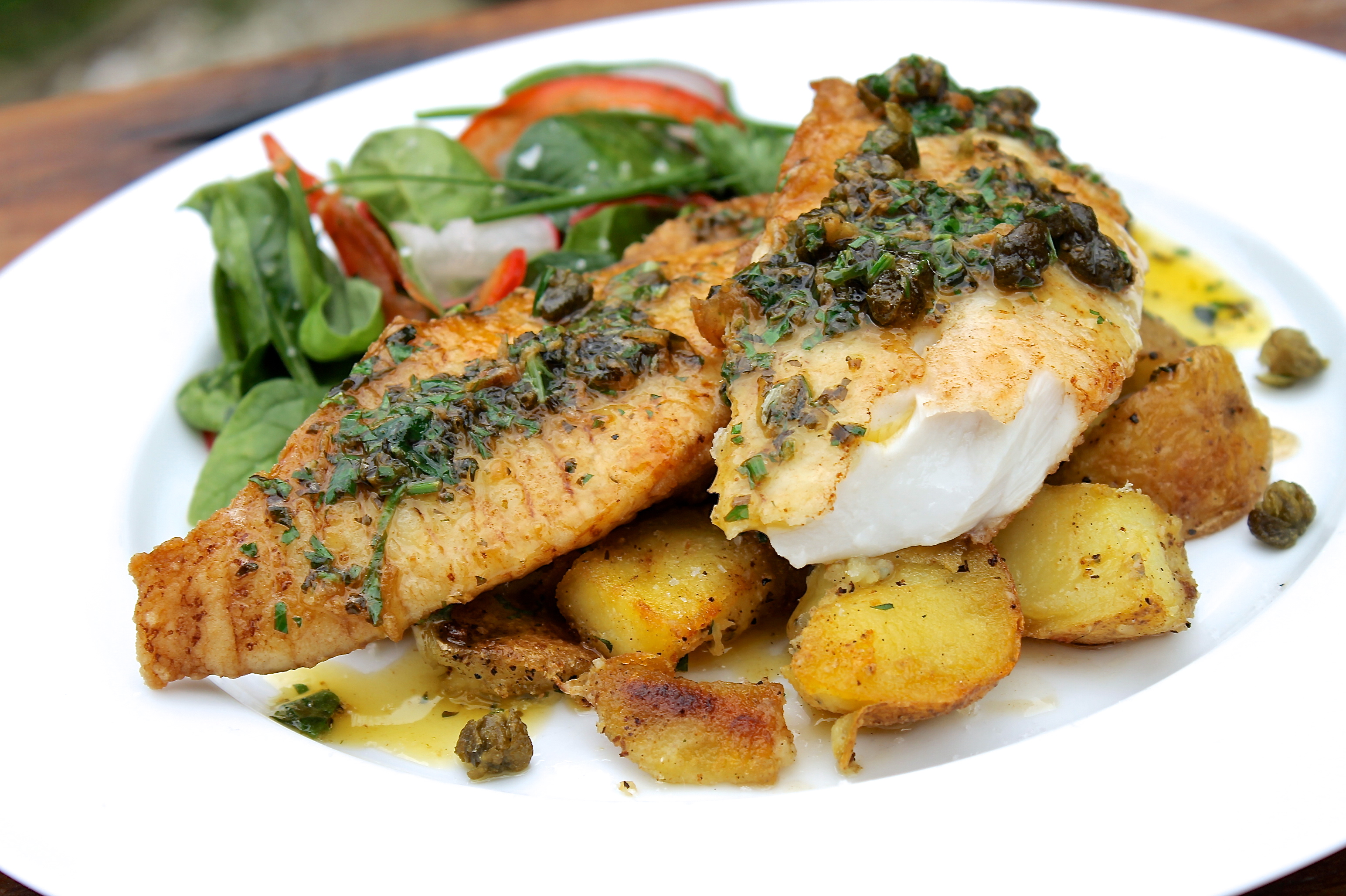 Pan fried fish with lemon herb for Pan fried fish fillet recipes